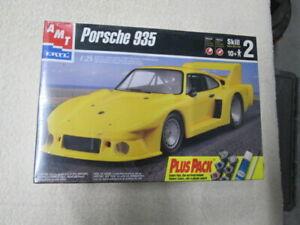 NEW RARE - ERTL AMT 1998 PORSCHE 935 MODEL CAR KIT 1/25 PLUS PACK 30072-100 SJ-1