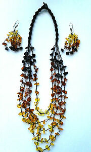 LOT,Elegant set of hand-made from natural Baltic amber necklace and earrings