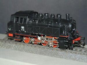 Maerklin HO 3031 AC - Steam Locomotive BR 81.003 - Analog