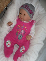 Traumdolls Doro Dolls Babypuppe Merle  50 cm mit Schnuller Spielpuppe Baby NEU