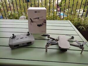 DJI Mini 2 - Ultraléger et Pliable avec Caméra 4K - Transmission OcuSync 2.0