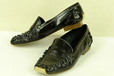 KATE SPADE / LUXURY HAND-SEWN LOAFER IN BLACK PATENT/ sz 5 B / EXCELLENT