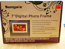"""Sungale 7"""" Digital Picture Frame"""