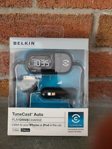 BELKIN TuneCast Auto with ClearScan - Listen to your IPhone or IPod in  car. m1