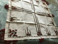 Beautiful Vintage Hand-Embroidered Linen Tablecloth