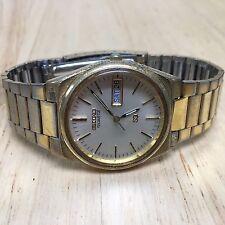 Vintage Seiko SQ 8223-7149 Mens Analog Quartz Watch Hours~Day Date~New Battery
