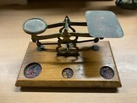ANTIQUE VICTORIAN BRASS & WOOD ENGLISH POSTAL SCALES (P3)