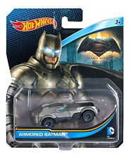 Mattel Djm19 Hot Wheels DC Universe - Armored Batman