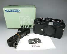 Voigtlander Bessa R3A 35mm Rangefinder Film Camera Body, Mat Black Leica M Mount