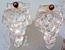 éléments d'architecture en verre forme grappe de raisin (éléments de lustre ?)