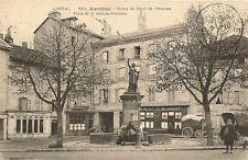 CARTE POSTALE AURILLAC STATUE DU DROIT DE L'HOMME PLACE DE LA GRANDE FONTAINE