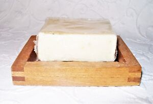 Amish Style Dove Tailed Cedar Wood Soap Dish with 4 Oz. Goat's Milk Bar Soap NEW