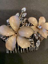 BHLDN  Gold Metal Flowers Rhinestone Hair Comb NWT Wedding Bridal $120