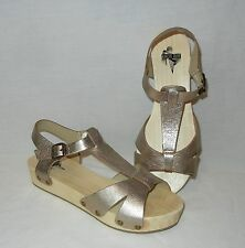 Urban Outfitters Kimchi Blue Women's Leather Ankle Strap Wood Sole Sandals sz 7