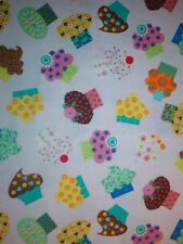 TIMELESS TREASURES OF SOHO COTTON QUILT FABRIC-CUPCAKES-LINDA SOLOVIC-1 YD