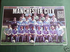 MANCHESTER CITY  TEAM - CENTREFOLD PICTURE - MAGAZINE CLIPPING /CUTTING -#2
