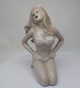 Figurine Baigneuse Pin-up Sexy Style Art Deco Porcelaine