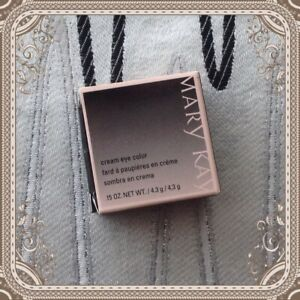 New In Box Mary Kay Cream Eye Color Meadow Grass #025871 ~Fast Ship