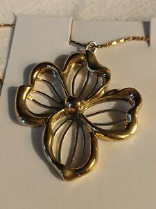 Vintage Avon Signed 1981 Silver & Gold Tone Sculpted Flower Necklace NOS