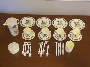 29 pc Vintage Holly Hobbie Children's Dollhouse Dishes Kitchen Set Chilton Globe