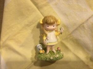 "Vintage Joan Walsh Anglund Figurine Girl Picking Flowers 4""~1973"
