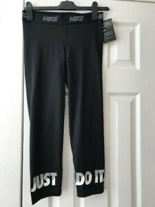 Nike Tight Fit Capri Leggings Black Size Medium