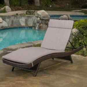 Outdoor Chaise Lounge 79.25 in. x 27.5 in. x 15 in. H Attached ties Iron Brown