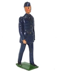 BRITAINS FROM SET NO. 2011 R.A.F. OFFICER - 1948