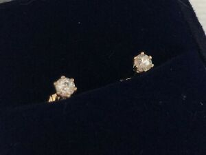 18ct Diamond Stud Earrings Yellow Gold .20ct TDW Quality Settings -Sparkly