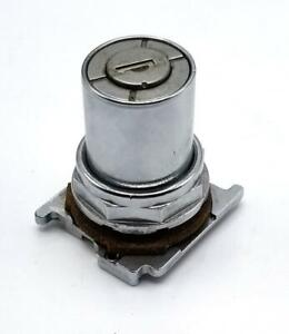 Cutler Hammer Cam-1 Keyed 2 Position Selector Switch
