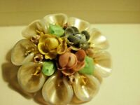 Vintage Mid Century Sea Shell Brooch Pin Jewelry Intricate shells Round shape