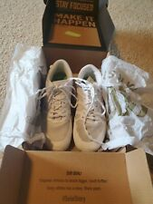 varsity cheer shoes size 7.5