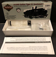 PROTO 2000 SERIES 10,000 GALLON TYPE 21 INSULATED TANK CAR #920-31530 HO SCALE