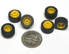 12pc TYCO Slot Car YELLOW Medium Width REAR WHEELS & Rubber TIRES Unused US-1 ok