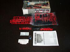REVELL EXPRESS LOCOMOTIVES BR01 & BR02 Model Kit 02158