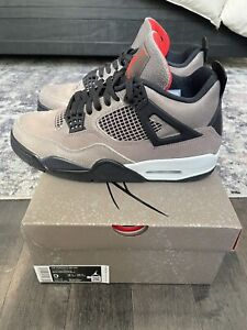Jordan 4 Retro Taupe Haze Size 9 (2021) Og All