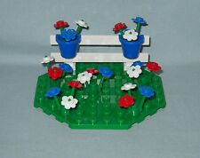 ****NEW LEGO CUSTOM FLOWER GARDEN WITH FENCE ON GREEN OCTAGON BASE****