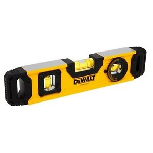 "Dewalt 9"" Magnetic Torpedo Level"