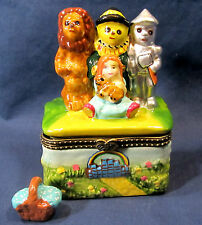 Oz and Friends Dorothy w/ Toto & Lion,Tin Man and Scarecrow Ceramic Trinket Box
