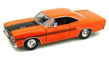 1970 PLYMOUTH GTX 1/24 SCALE ORANGE DIECAST CAR BY MAISTO 31220OR