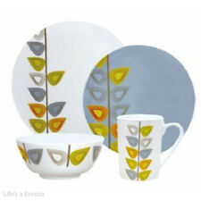 Leaf Melamine Dinner Tableware. 16 Piece Caravan & Accessories