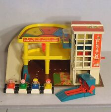 Fisher Price Little People Play Family Garage Parking Ramp 930 Complete Wood!