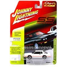 JOHNNY LIGHTNING JLCP7109 B 1987 CHEVROLET MONTE CARLO AEROCOUPE 1/64 WHITE