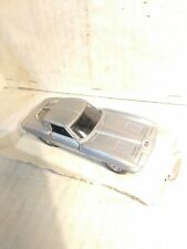 Maisto  Corvette Stingray Split Window 1963  1:43 Scale