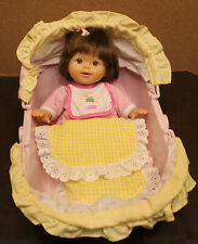 🍼 2008 Fisher Price Little Mommy Brunette w/ Brown Eyes + Pastel Carrier