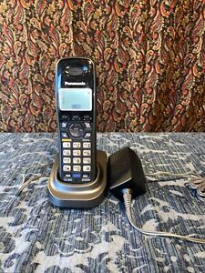 Panasonic 2-Line Cordless Phone Handset w/charger (KX-TGA939T | 1.9Ghz)