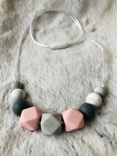 Silicone Teething Necklace Nursing Breastfeeding Sensory Pink /& rose gold