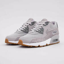 finest selection 89e8c deca6 Nike Air Max 90 Ltr SE GG UK Size 4.5 897987 004 Trainers