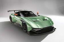 Resin Car Model FrontiArt Aston Martin Vulcan Avan Style 1:18 (Green)+SMALL GIFT