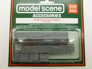 Model Scene OO Gauge Accessories Ref 5090 Grey Stone Walls and Butresses